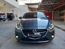 Mazda 2 R AT Skyactiv 2015
