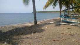 Tanah pinggir pantai di Tanjung Lombok utara