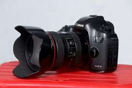 Canon 5D Mark iii  Urgent sell