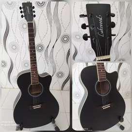 Gitar Akustik Lakewood