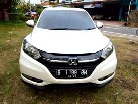 Honda Hrv E Automatic th 2015 full ori istimewa