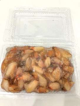 Daging capit kepiting merah beku