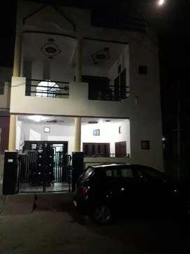Jawahar nagar sector 8 ,20*50 ,3 floor, front of park