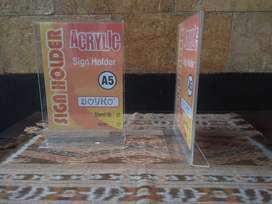 BOYKO ACRYLIC SIGN HOLDER A5 (2 SISI)
