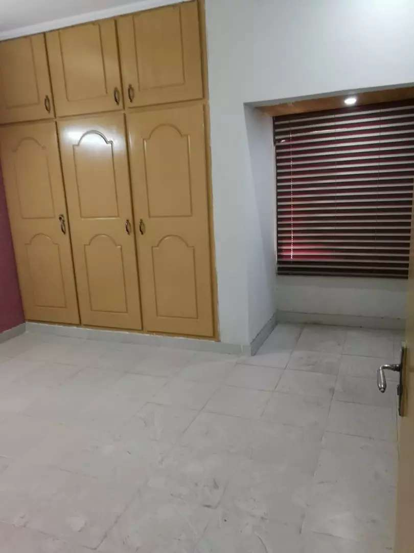 E-11 office for rent 2rooms 0
