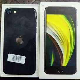 iPhone se (64GB)