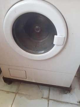 Fully Functioning IFB Washing Machine for Sale