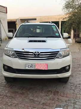 Toyota Fortuner 4×4 for sale...new condition