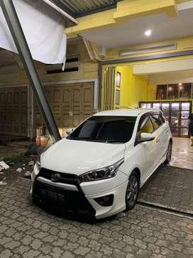 Toyota yaris trd sportivo 2016 A/T putih istimewa