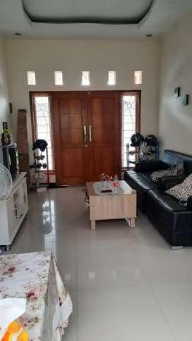 Rumah Furnished Purbayan Gentan Solo
