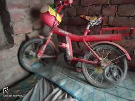 Hero bicycle ( road fire)
