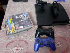 PS3 good condition with move and camera