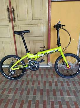 Sepeda lipat izi