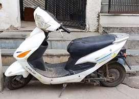Hero honda electric cruz scooty 100% working condition