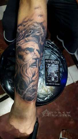 Learn the secrets of professional tattooing.