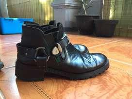 Sepatu original kickers dan camel active original