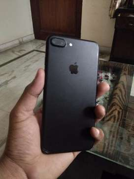 Iphone 7 plus MATTEY BLACK WITH BOX ND ALL ACCRy