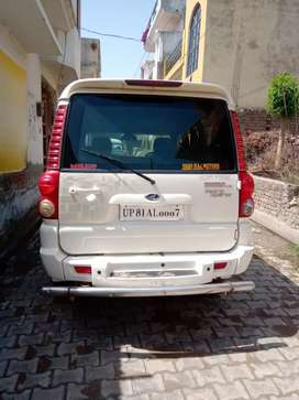 I sell my mahindra scorpio automatic with VIP number @  0007