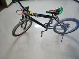 2 bicycles, used for few months, good condition