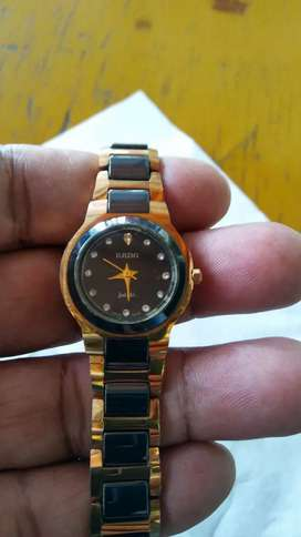 Jam tangan klasik Rado