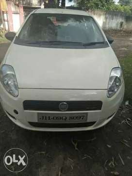 Fiat Grand Punto diesel 53000 Kms 2011 year