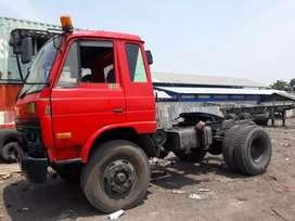 traktor head / tracktor head/ trailer BTX murah