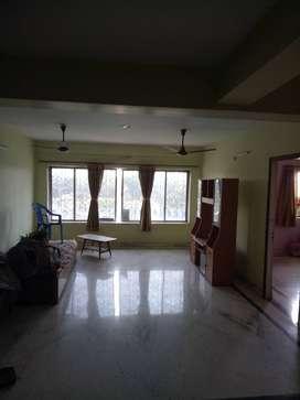 vip road golaghata  6 bhk semi furnish flat for sale