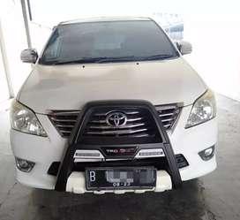Toyota kijang inova g at 2013