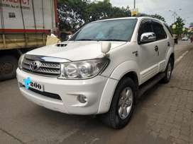Toyota Fortuner, 2011, Diesel