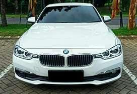 Bmw 320i Luxury 2019/2018 Warranty s.d 2023