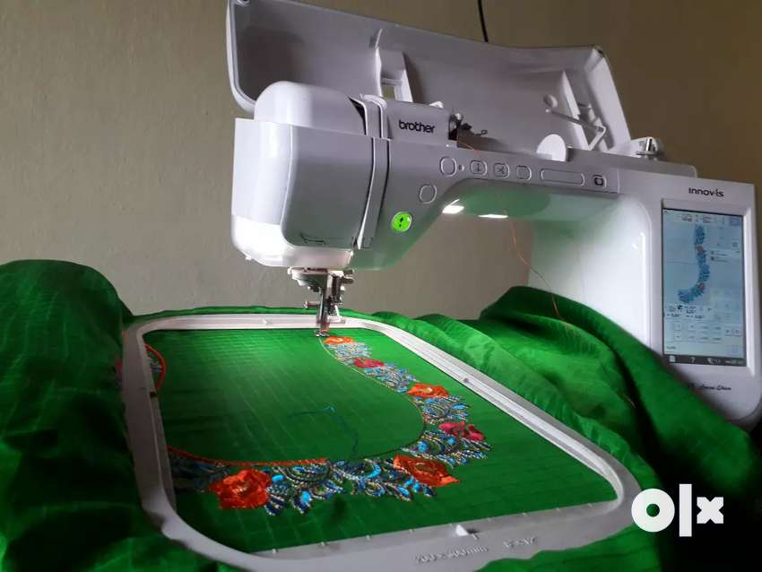 Computer embroidery machine it is brother v3 se 0