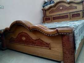 King Size bed (Double Bed)