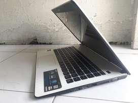 Laptop Asus X401U Normal