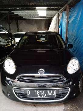 DP 14 JT!!!Nissan MARCH MT 2013 KM 40 rb Asli Full ORISINIL