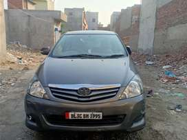 Innova gaddi sell Karni new type allowy new paweye