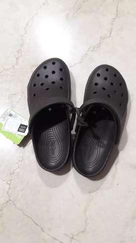 Brand New Unisex Crocs size M8/W10