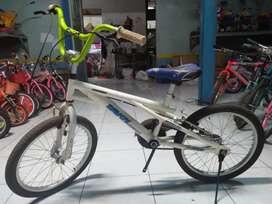sepeda bmx hi tech antik kuno jadul