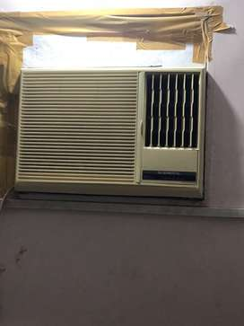 Ogeneral Window AC superb Condition 3 years