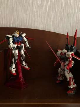 Gundam Aile Strike RG dan Astray Red Frame HG