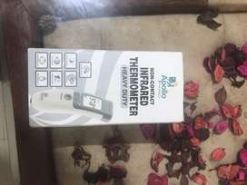 Non-Contact Thermometer with warranty card & quality certificat