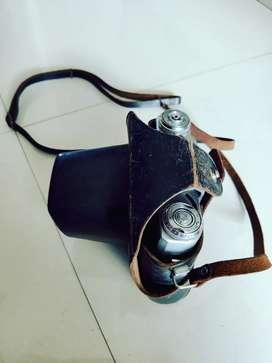 Antic camera