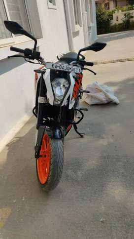 Ktm Duke 200 for urgent selings callme bro