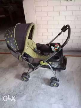 Stroller and baby bath tub