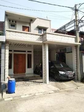 Rumah 2 lantai di Townhouse Valencia Bekasi timur