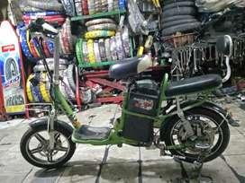 Sepeda listrik selis go green 48vol