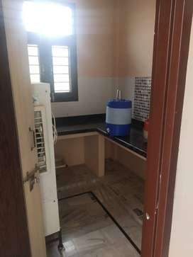 Need 1 roommate fully furnished Setia colony 2000 sharing flat sharing