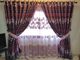 4 PAIR OF PURPLE AND PINK CURTAINS