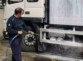 Lorry water servicing