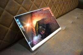 Lennova yoga tablet 2 pro built in pico projector(price negotiable)