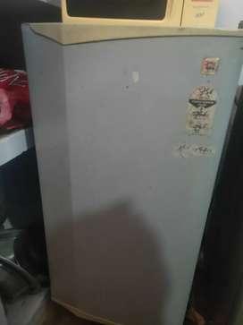 1 Godrej  fridge,2 kelvnetar fridge